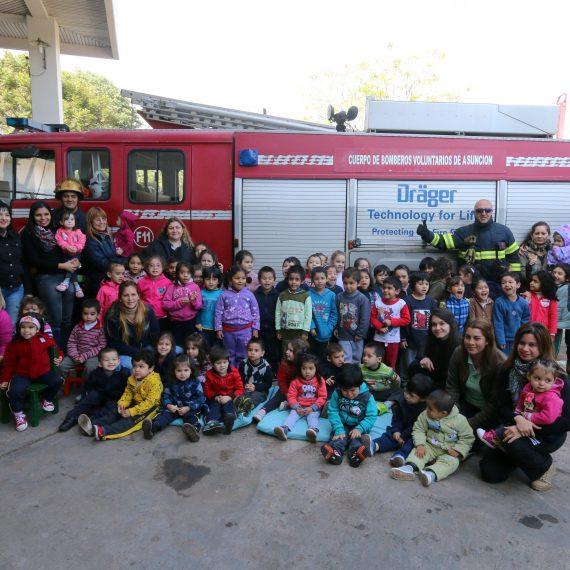Niños del TEDIM tuvieron una experiencia de seguridad con Bomberos Voluntarios