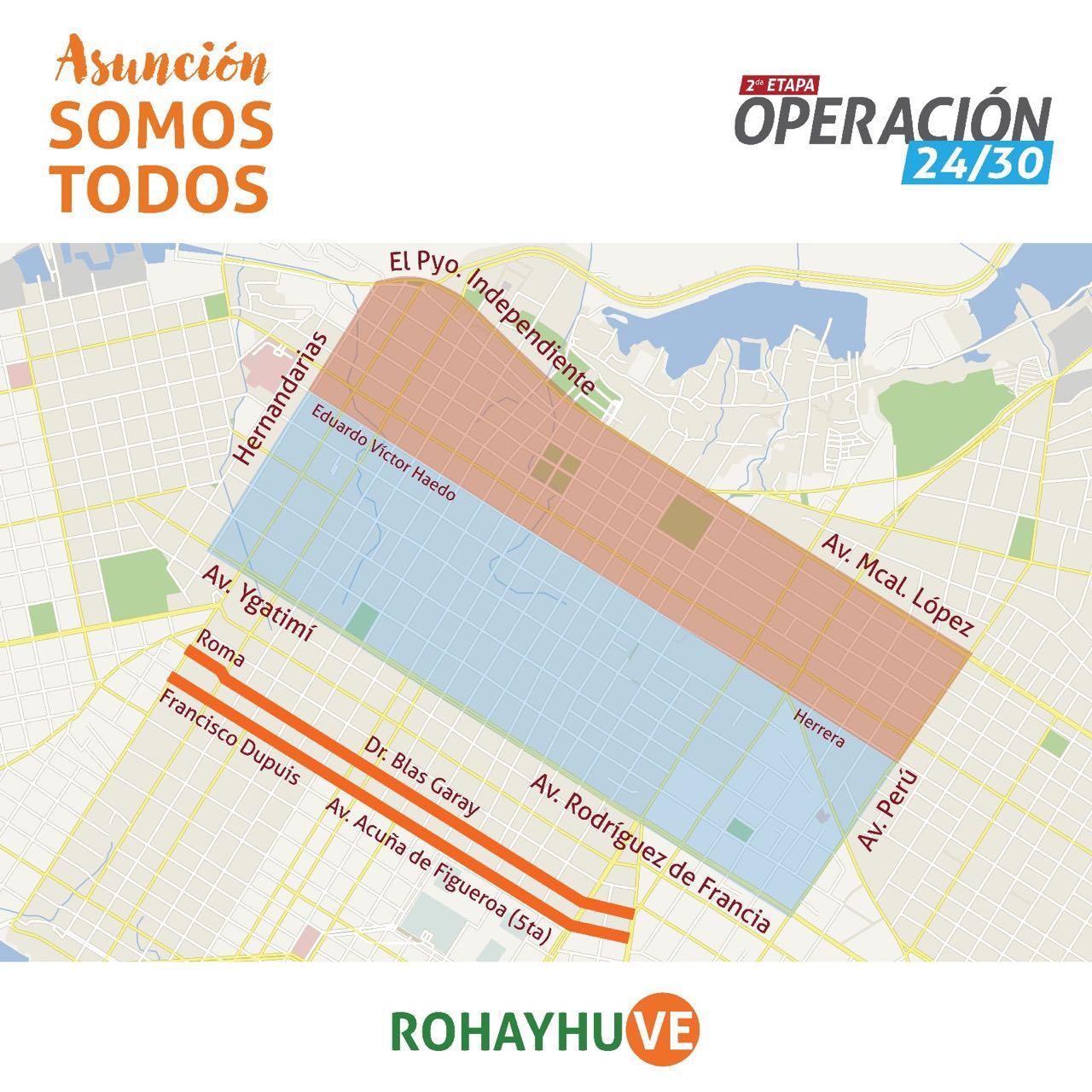 Bacheo en calles del centro histórico de Asunción