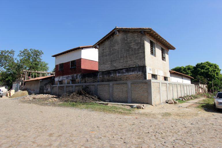 50% de avance en obras de mejoramiento de la escuela San Francisco y San Blas