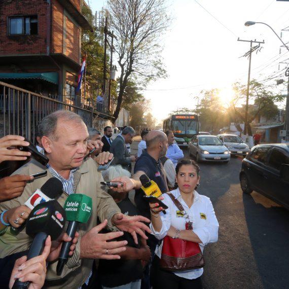 Intendente de Asunción cumplió promesa de habilitar tráfico vial en 30 días en el puente de Artigas