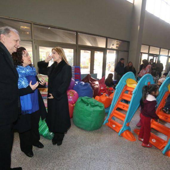 Intendente Ferreiro recibió importante donación para guardería y para el Operativo retorno de damnificados