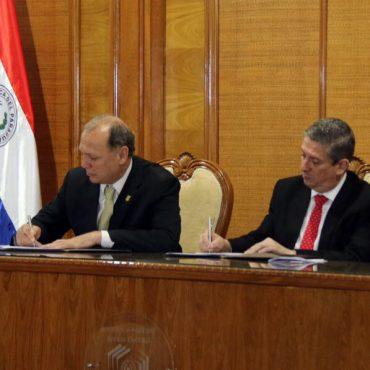 Intendente firmó convenio con el TSJE para fortalecer a las comisiones vecinales de Asunción