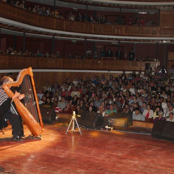 Inició el Décimo Festival Mundial del Arpa en el Teatro Municipal