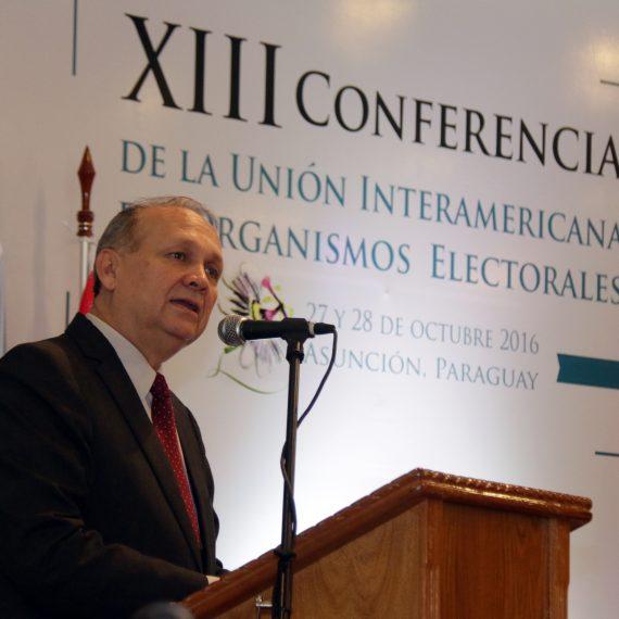 Intendente Ferreiro declaró visitantes ilustres a participantes extranjeros de la XIII Conferencia de UNIORE