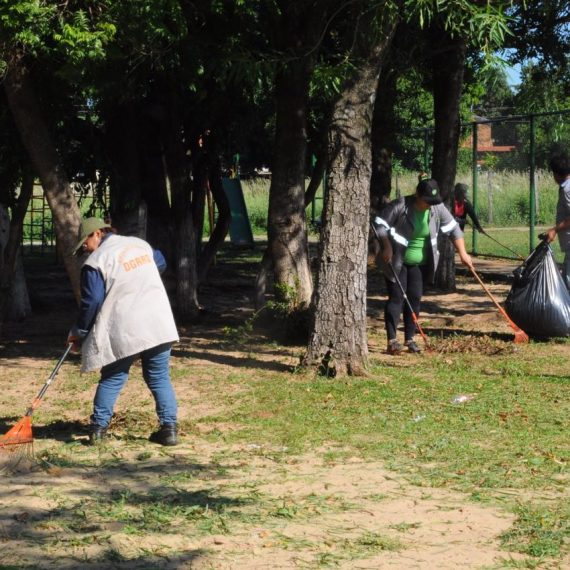 #ASUProtege inició mingas ambientales con jornada de limpieza en Loma Pyta