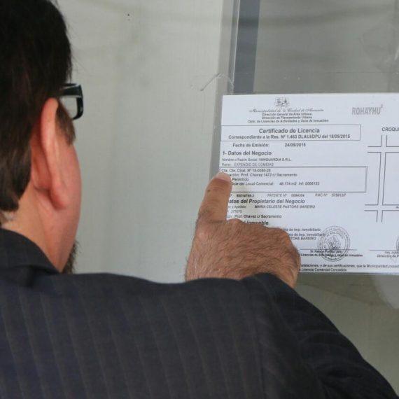 En control de rutina, se detecta caso de licencia comercial provisoria falsificada