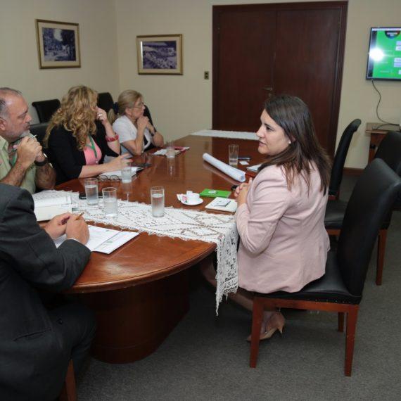 Campaña Nacional de Educación Financiera con apoyo de la Municipalidad de Asunción