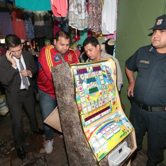 11 Maquinas Tragamonedas incautadas en zona del Mercado 4 en intervención municipal