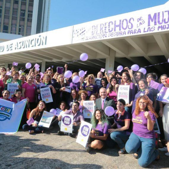 Emotivo acto de recordación del Día Internacional de la Mujer Trabajadora