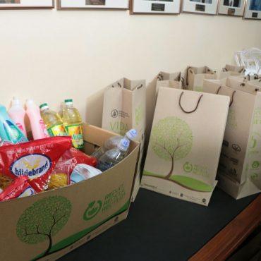 Municipalidad y empresas privadas promueven el uso de bolsas reutilizables elaboradas de material reciclado
