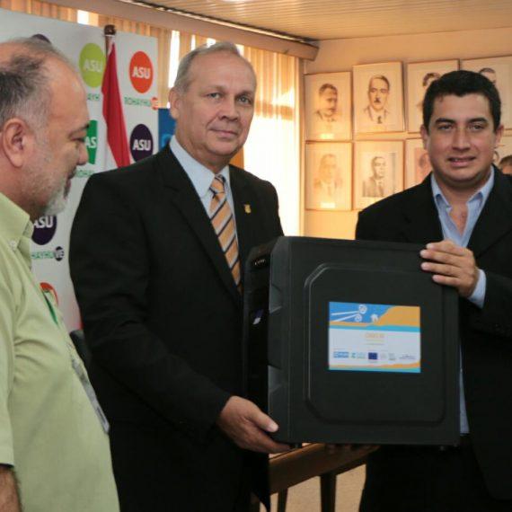 Plan Internacional entregó donaciones para Centros Municipales de Asunción