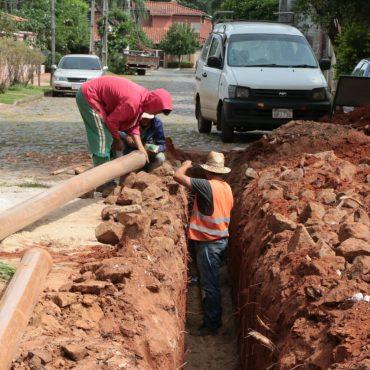 Comenzaron obras de apertura de la calle que atraviesa la ex Mansión Stroessner