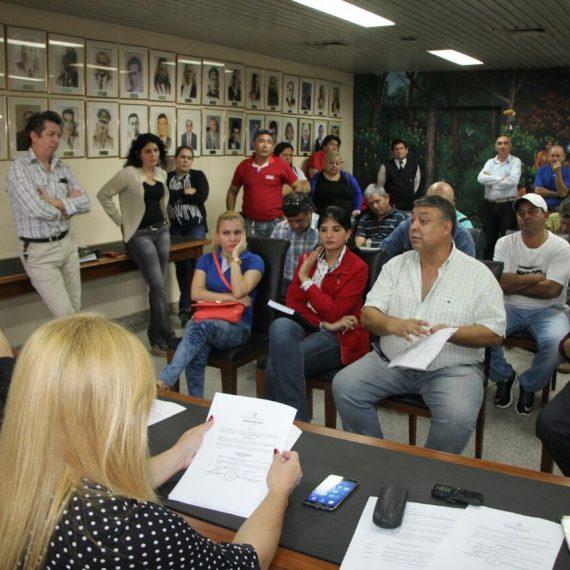 Sindicatos municipales acuerdan con Intendencia mecanismo para descuentos de salarios por deudas de funcionarios