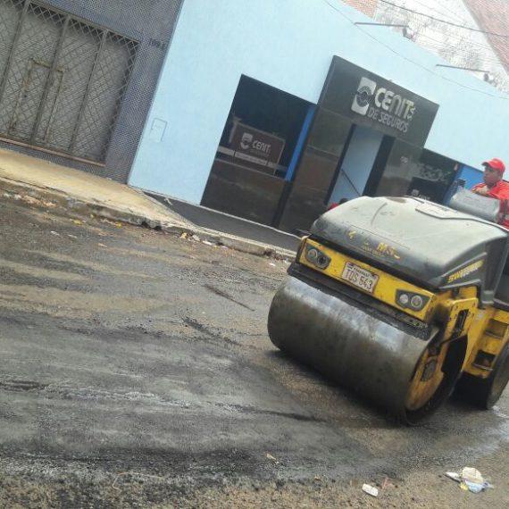 Bacheo día por día: Intensos trabajos viales se realizan en diversos puntos de la ciudad capital
