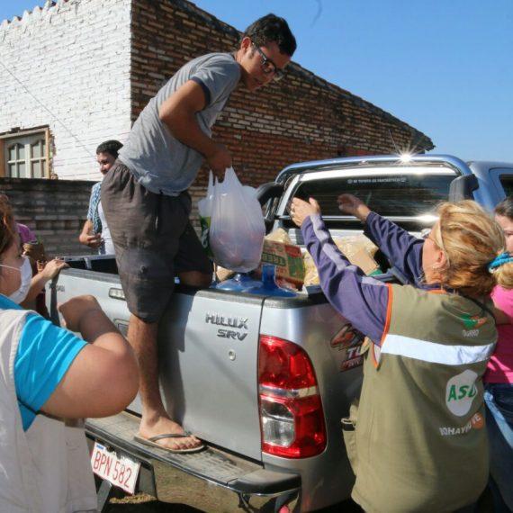 Municipalidad habilitó una Carpa de la Solidaridad para asistir a afectados por incendio en el Bañado Sur