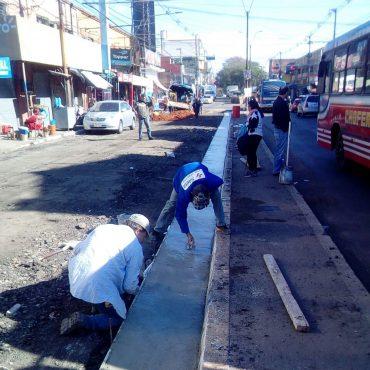 Obras de Mejoramiento Vial de Rodríguez de Francia incluye cambio de cañerías de la ESSAP