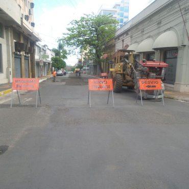 Prosigue mejoramiento vial de la calle Presidente Franco, de Colón a México