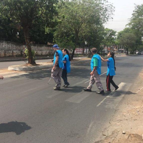 Estudiantes evalúan la seguridad vial en su entorno escolar