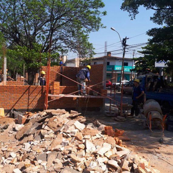 En plena ejecución se encuentran los trabajos de mejoramiento y revitalización de la avenida Quinta