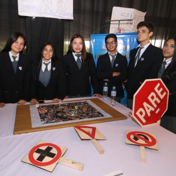 Alumnos de 8 instituciones educativas presentaron propuestas viales al Municipio Capitalino