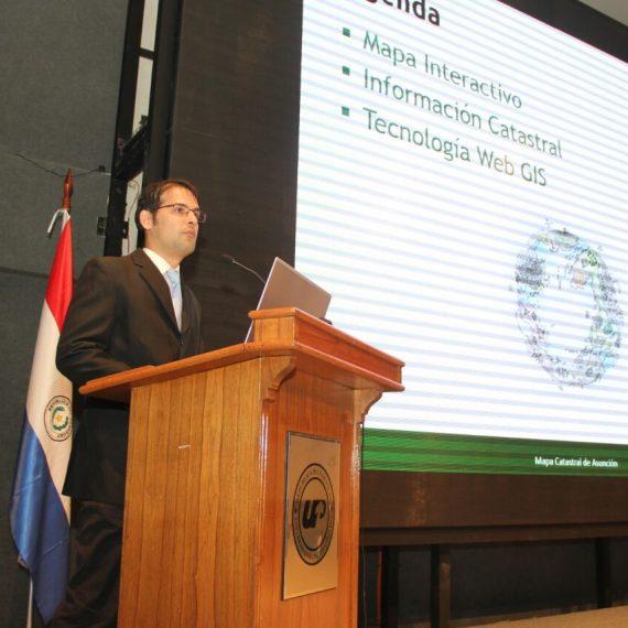 Sistema de Información Geográfica Municipal fue presentado durante importante foro universitario UNIGIS 2017