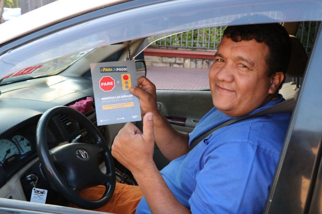 """Arrancó campaña denominada """"PARA UN POCO"""" para que los conductores respeten señal de """"PARE"""""""