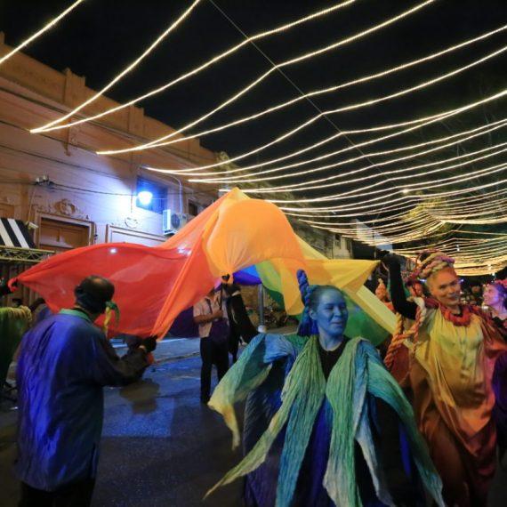 La Navidad está presente en el centro asunceno con el Paseo de las Luces