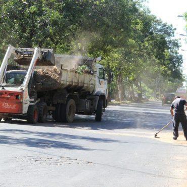 Casi 500.000 kilos de residuos ya fueron retirados como parte de la campaña contra el dengue
