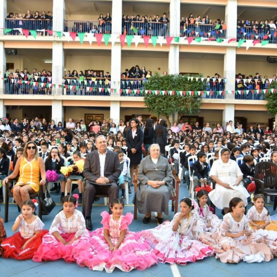 Superiora General de las Hijas de María Auxiliadora fue distinguida por el Intendente de Asunción