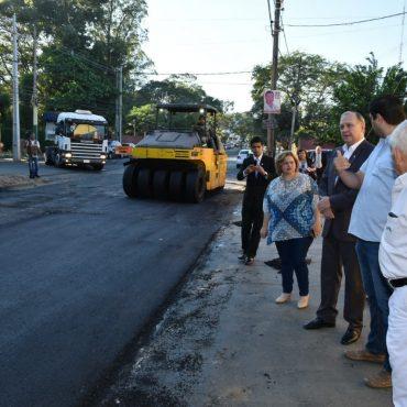Intendente Ferreiro fiscalizó las obras de mejoramiento vial que se hacen en la avenida Santísima Trinidad