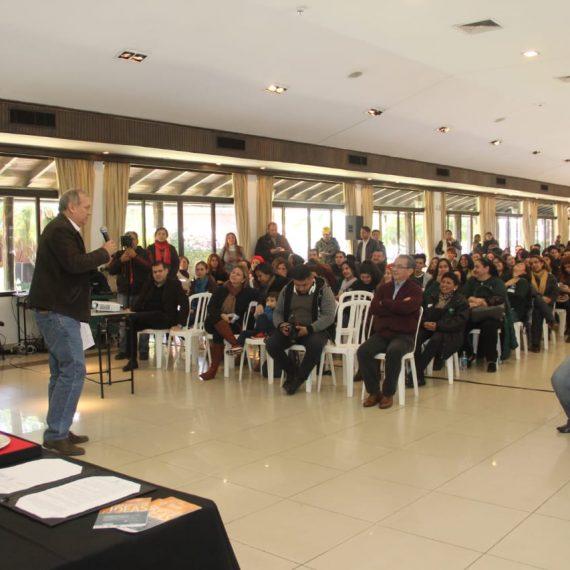 Jóvenes universitarios conforman voluntariado para generar ideas innovadoras para la lucha contra el dengue